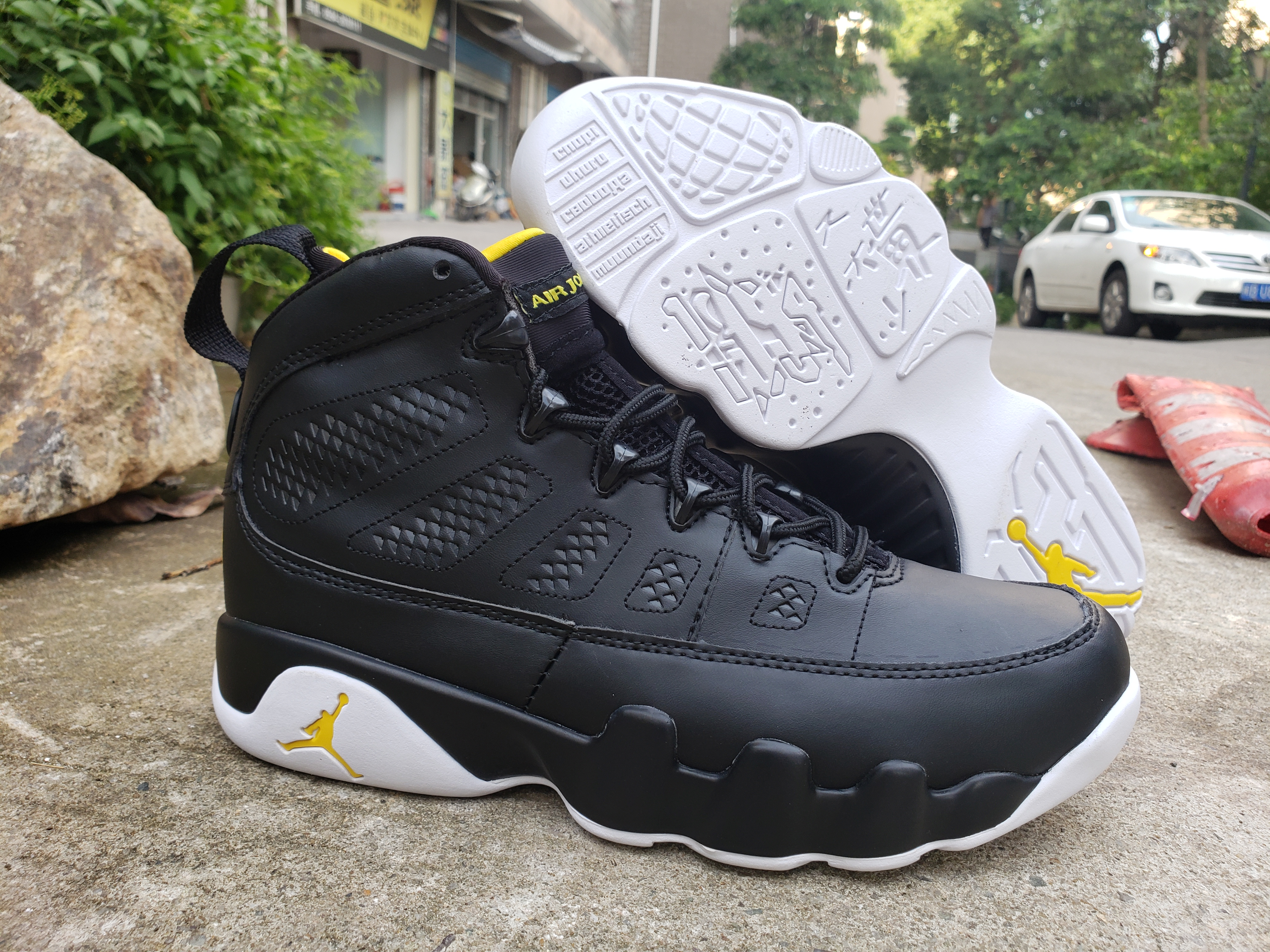 2019 Air Jordan 9 Retro Black White Yellow Shoes