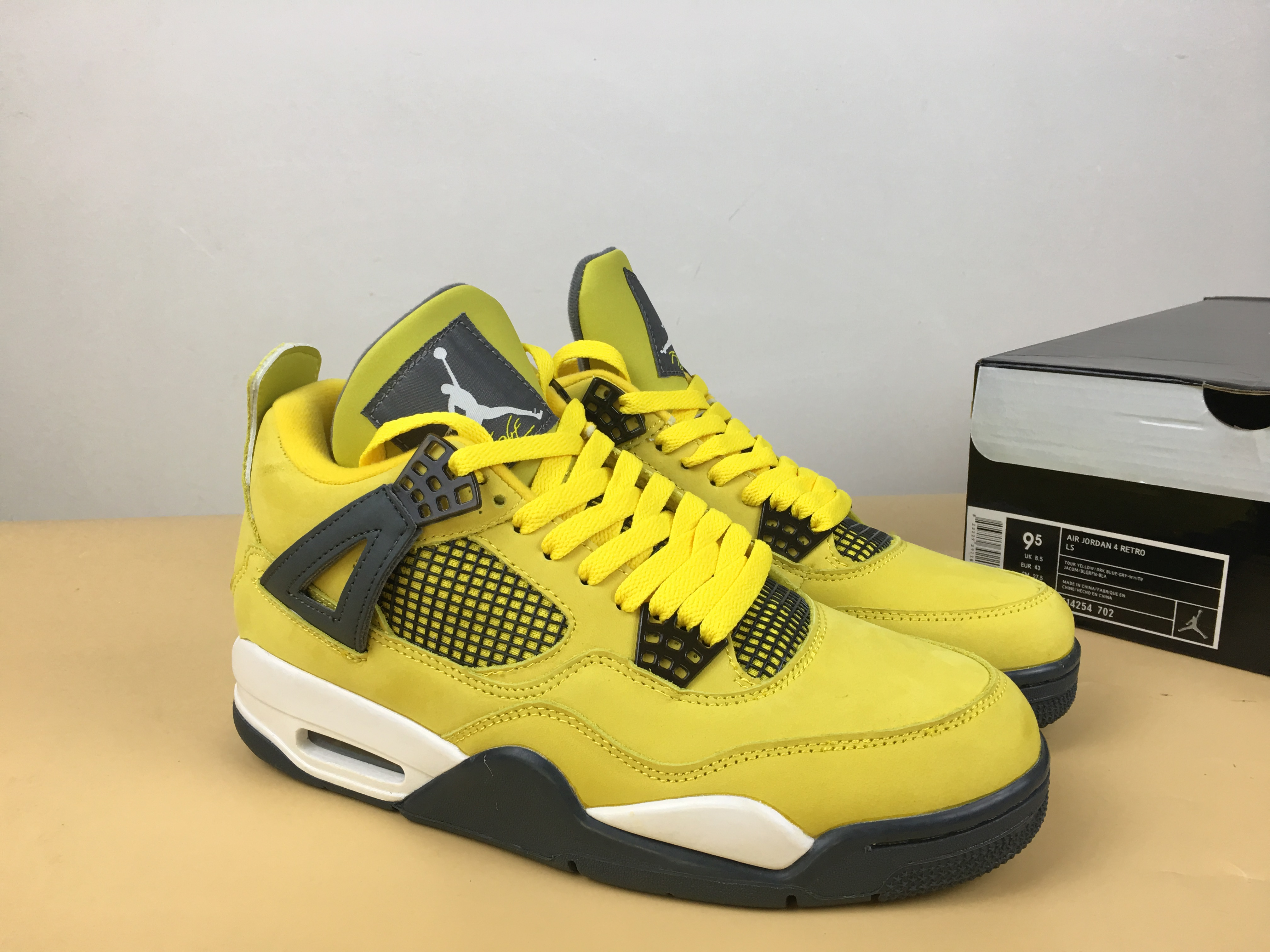 Air Jordan 4 Lightning Yellow Black Shoes