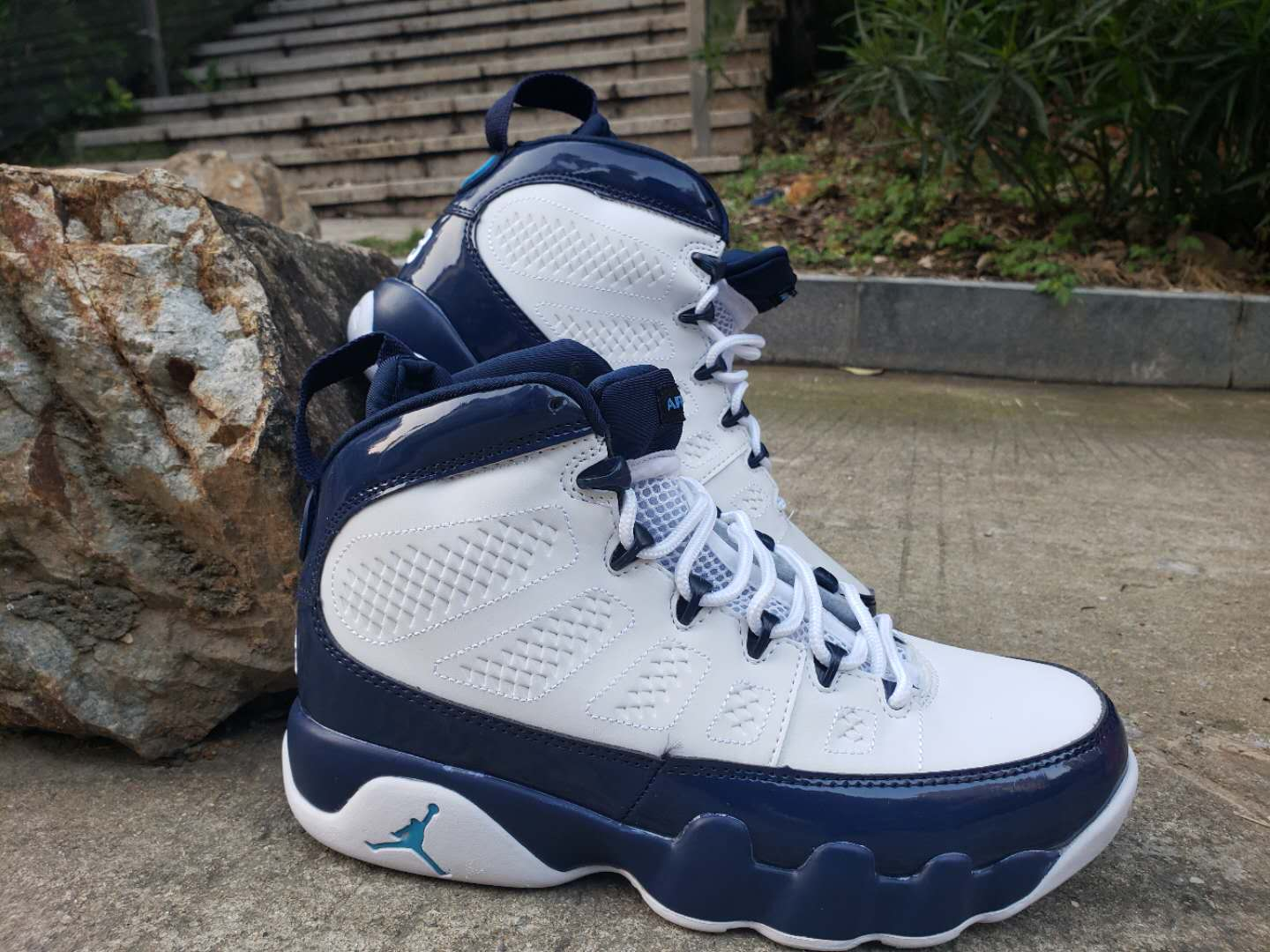 Air Jordan 9 Retro White Royal Blue