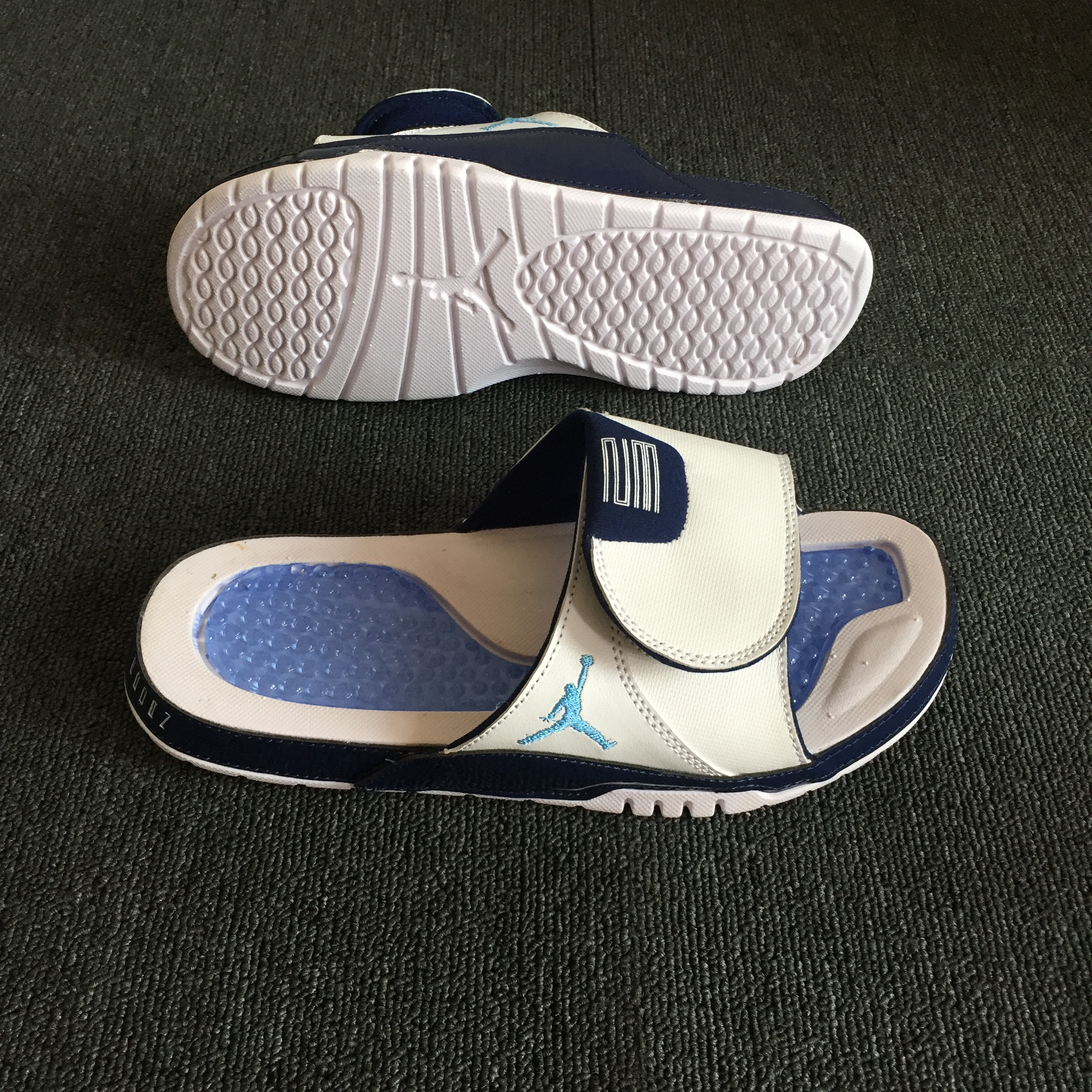 Air Jordan Hydro XI White Blue Black
