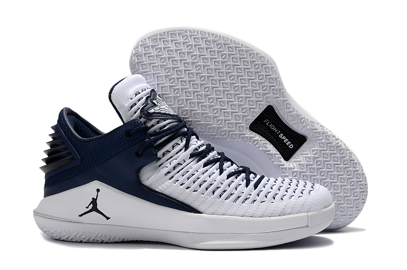 Air Jordan 32 White Deep Blue Shoes