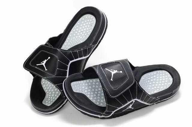 Air Jordan Slipper White Black White
