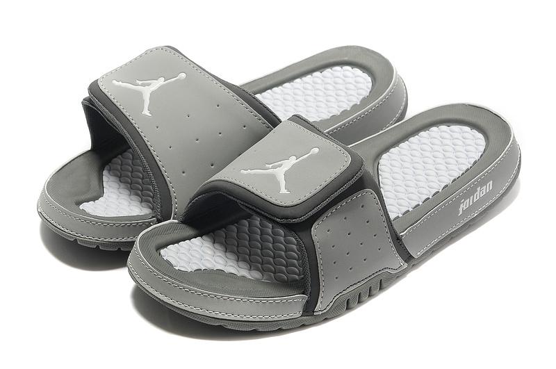 Air Jordan Slipper White Grey