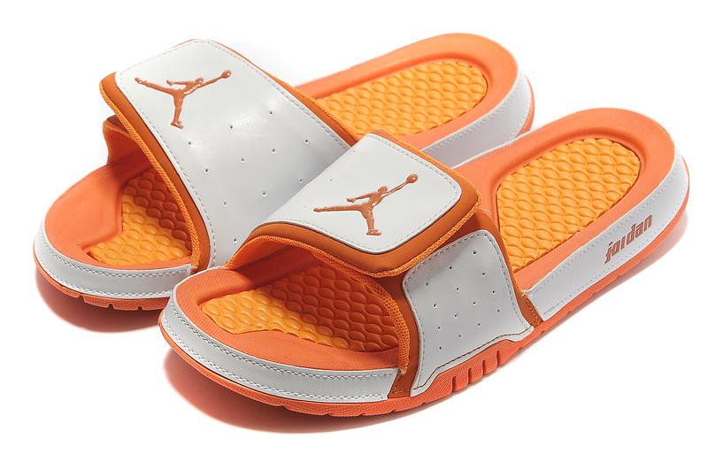 Air Jordan Slipper White Orange