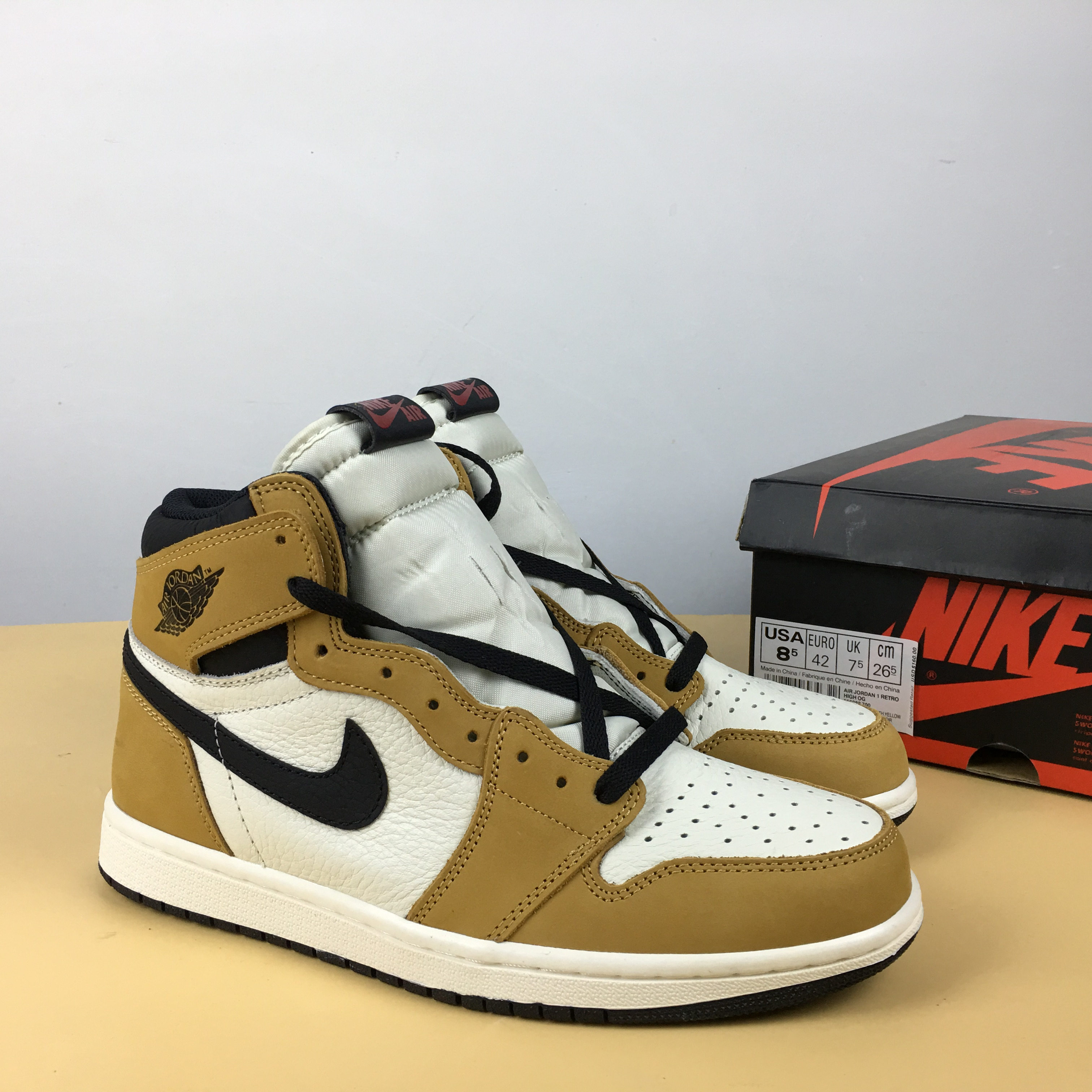 New Air Jordan 1 Rookie of the Year Wheat Yellow White Black Shoes
