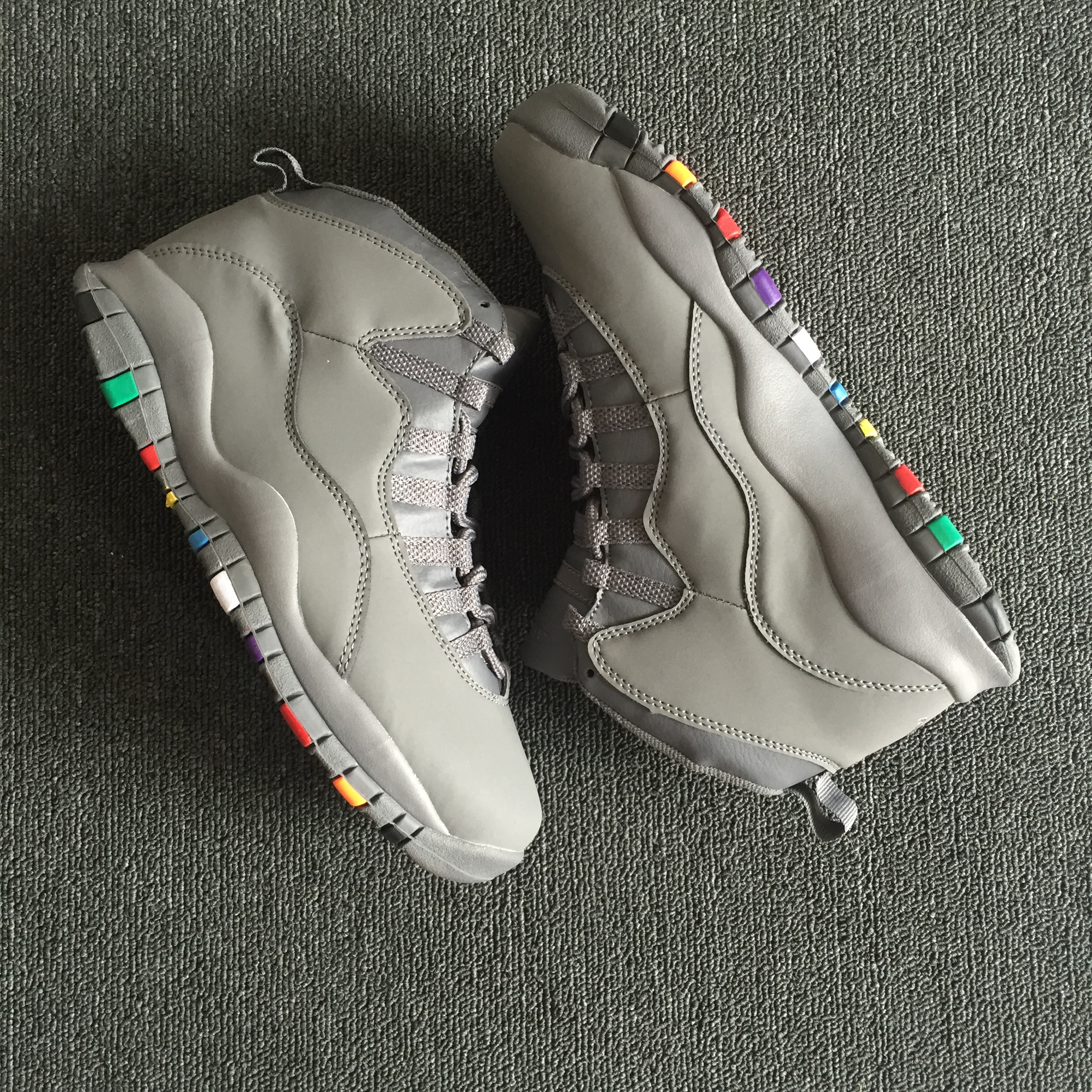 Air Jordan 10 Retro Grey Colorful Sole