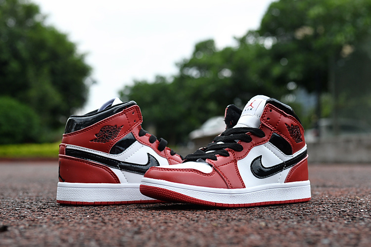 New Air Jordan 1 Chicago Red Black White Shoes For Kids