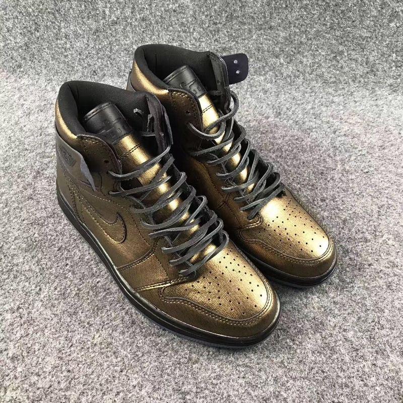 New Air Jordan 1 Wings Gold Shoes