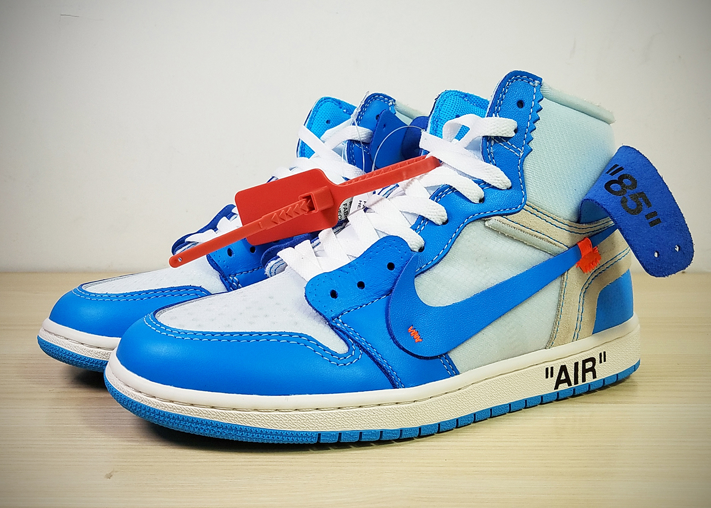 Off-white Air Jordan 1 UNC Shoes
