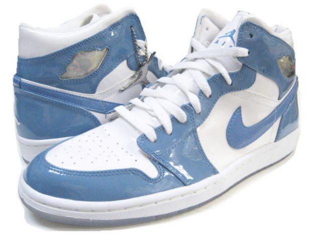 Jordan 1 Retro Carolina White University Blue Shoes